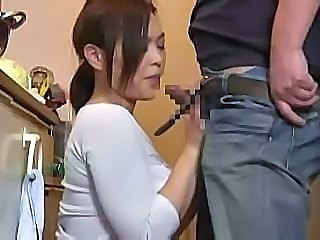 Asian Blowjob      Housewife