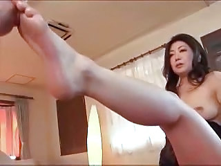 Asian Feet Mom Mother