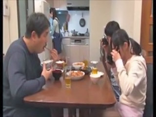 Asian Daddy Daughter Family Japanese Kitchen Old and Young Daughter Ass Son Daughter Daddy Daughter Daddy Old And Young Family Mother