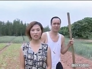 Asian Chinese Daddy Daughter Farm Old and Young Outdoor Chinese Girl Chinese Uncle Daughter Daddy Daughter Daddy Old And Young Outdoor Farm